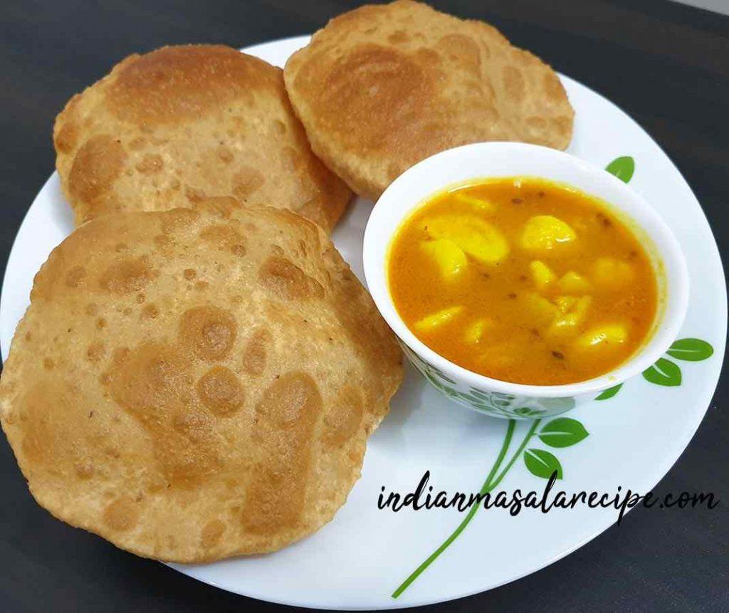 delicious-aloo-poori-recipe
