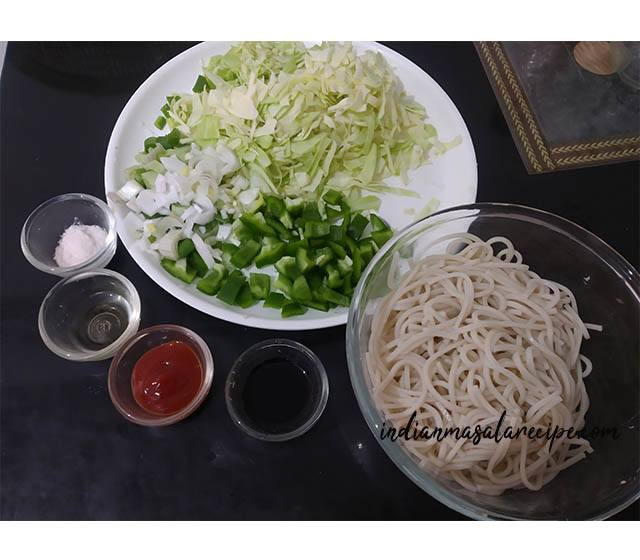 ingredients-of-chowmein