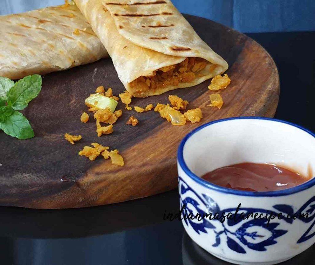 How-to-make-soya-bhurji-frankie